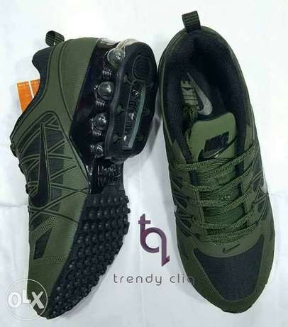 Green Nike sport canvas Apapa - image 1