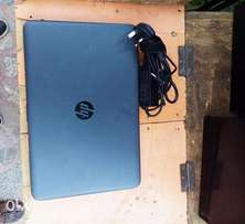 A very clean foreign used HP laptop available for sale in abuja