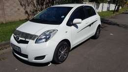 2011 Toyota Yaris T3 Zen 5drs with full leather seats
