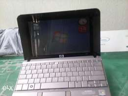 Hp Mini Laptop 2133, 2G Ram 250 HDD, 10.1 inches