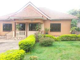 Full house with 3bedrooms and 3boysquarters (2bathrooms) stand alone
