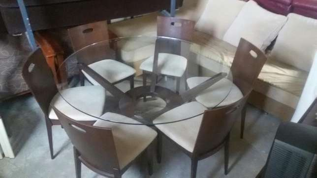 dining table Westlands - image 1