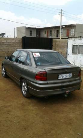 1996 Opel Astra 1,8 for sale Kempton Park - image 2