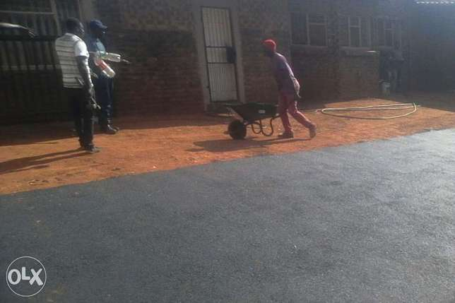 tar surfacces and paving all types Witbank - image 1