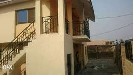 Room & parlour S/C to let at Heritage junction, Oluyole estate