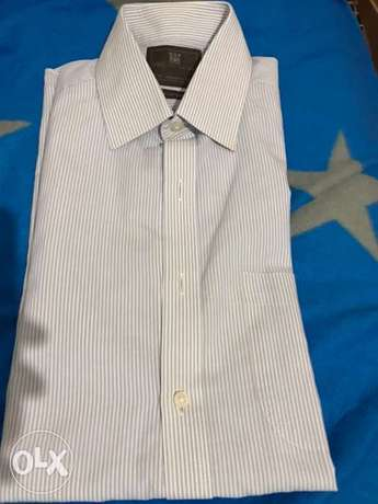 markes and spencer formal shirt blue and white size 15.5