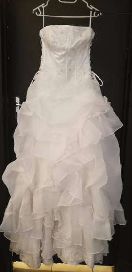 Wedding Dresses Classified Ads In Clothing Shoes Olx South Africa