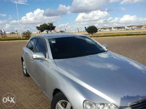 Toyota Mark X..Four Wheel Drive..Wood Interior..Excellent Condition Nyayo - image 4