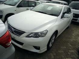 Pearl white new mark X import with Navigation monitor