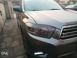 2 months used Modified 2010 Highlander Sport V6