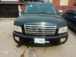 neatly used 2004 infiniti SUV for sale