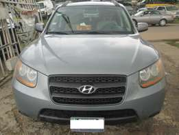 Very Clean Hyundai Santa-fe 08, Registered