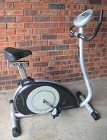 Infiniti exercise bike with 16x Resistance Levels.