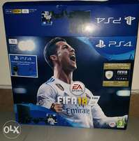 Ps4 Slim 1GB, +2 Pads And FIFA18.