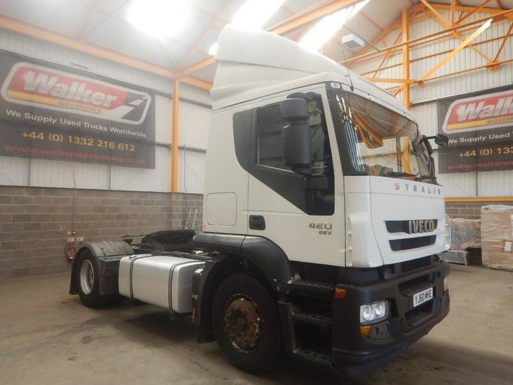Iveco STRALIS ACTIVE TIME EURO 5, 4 X 2 TRACTOR UNIT - 2010 - YJ60 - 2010