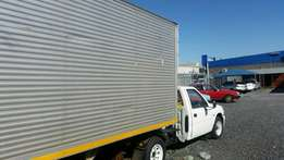 Isuzu KB 250 bakkie and trailer
