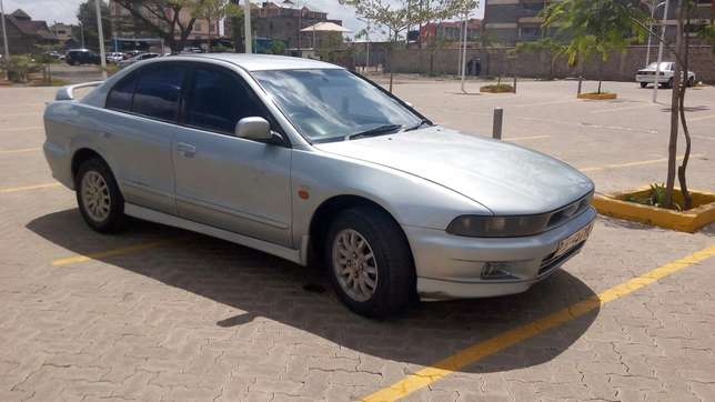 Mitsubishi Galant in good condition Nairobi West - image 2