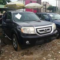 Honda Pilot (2009) Reverse camera and DVD