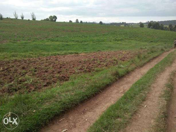 Olkalou prime agricultural 45 acres in Tumaini with a river frontage Embakasi - image 1