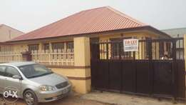 Three bedroom flat to let in Lugbe