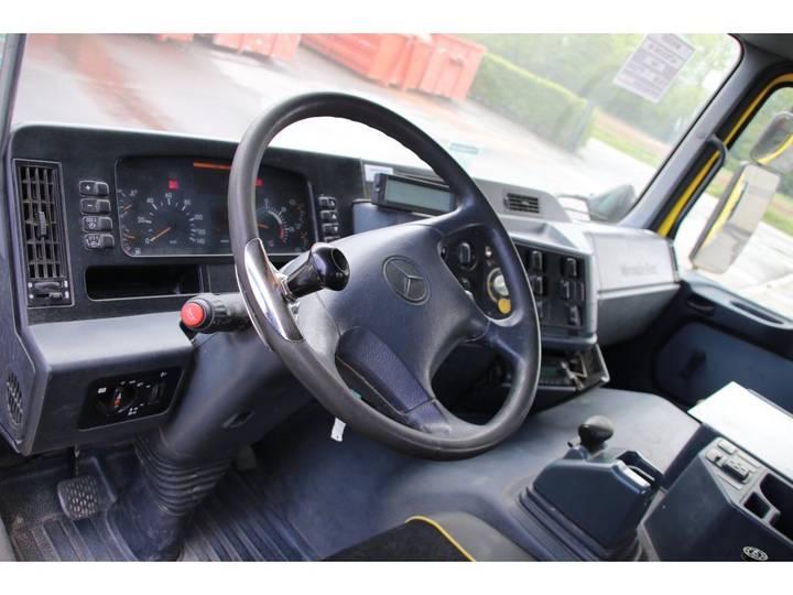 Mercedes-Benz ACTROS 2040 AS+SEMI MIXER LIEBHERR 10M3 - 2002 - image 11