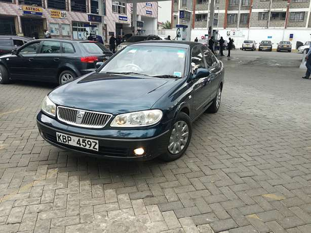 Nissan Sunny supper salon Nairobi CBD - image 1