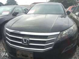 Reg 2010 Honda Crosstour full options