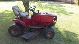 Murry ride on lawnmower for sale