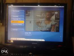 26 inch SAMSUNG MONITOR for sale.