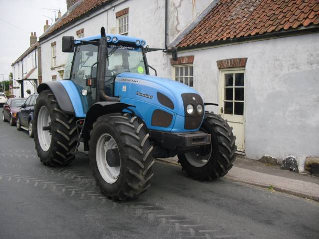 Landini Legend 140 Delta Shift Tractor - 2004
