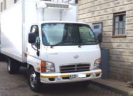HYUNDAI Refrigeration Truck (Almost Brand New)