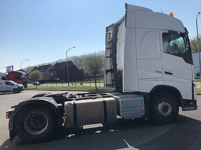Volvo FH460 Hydr - 2017 - image 3