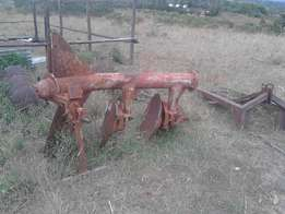 Massey Farguson 3 disc plough (jembe) on sale