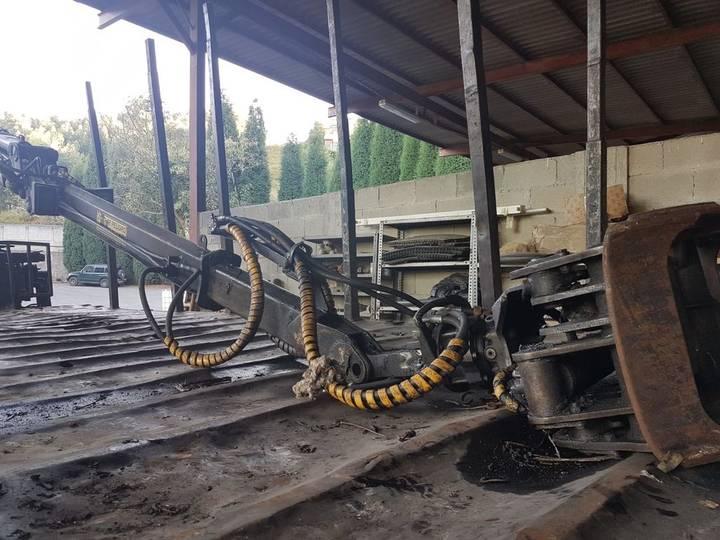 9550 loader crane