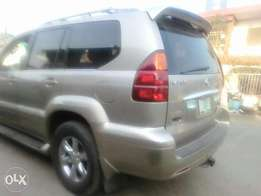 Lexus Jeep 2003 model GX470