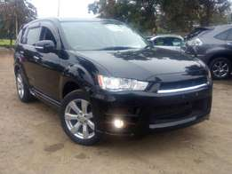 2010 Mitsubishi Outlander. Finance accepted