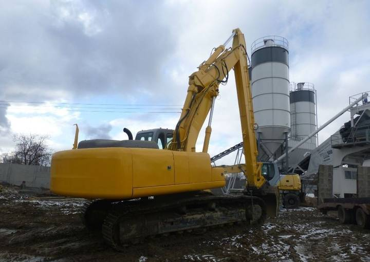 New Holland E385 - 2009