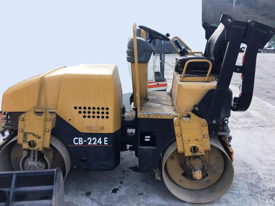 Caterpillar Cb 224 E