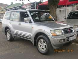 Mitshubishi Pajero 3.2 Litre 2002 Model automatic leather 7 seater