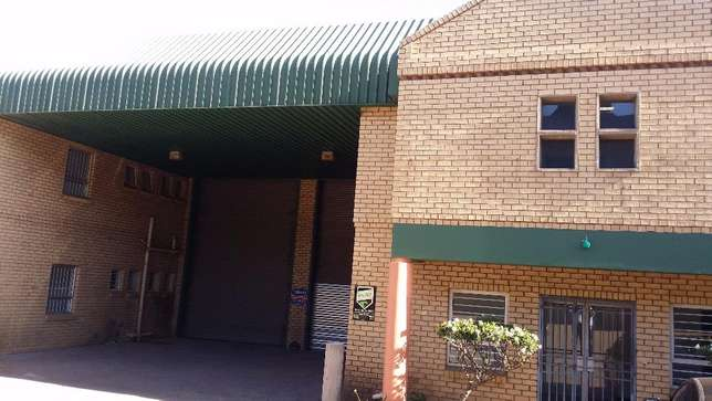 Industrial warehouse space to let Johannesburg - image 2