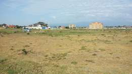 1/8 acre commercial plot in Nanyuki within town at 1.7m