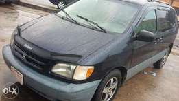 Very clean Toyota Sienna for sale.
