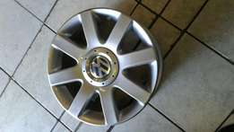 Golf 5 mag Rims aset of 4 size 16 still in good condition