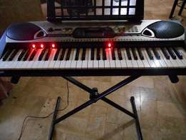 London Used Tokunbo Yamaha EZ-20 Keyboard Piano