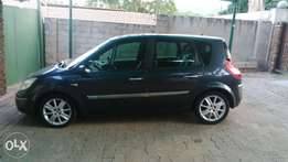 renault scenic 2.0i 16v (2005) 6speed for sale R40.000 or SWOP