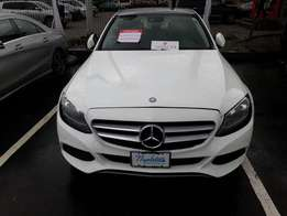 A buy and drive tokunbo benz c300