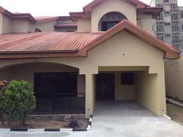 5 Bedrooom Detached Duplex + Bq In Self Compound To Let In Ikeja Gra