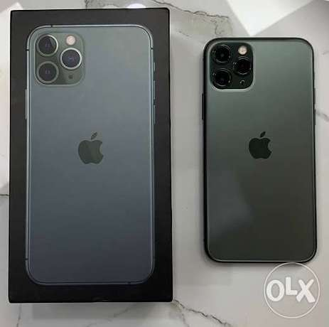 iPhone 11 bro 256 with everything