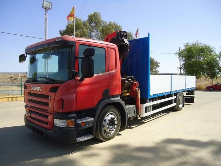 Scania P 230 GRUA - 2010