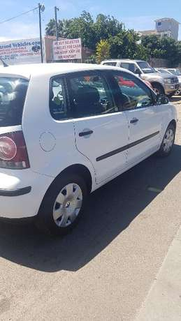 VW Polo 1.4 Trendline 2007yr model Strand - image 7